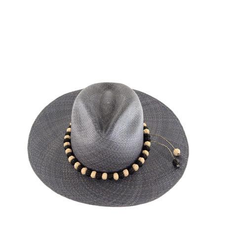 Ventura pompom hat