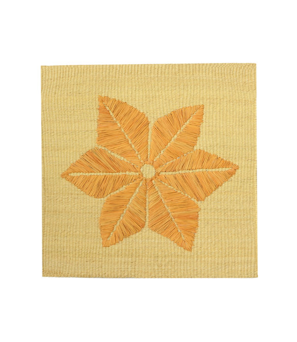Square straw placemat with handwoven flower